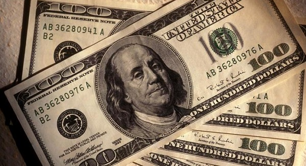 Franklin in the $100 bill